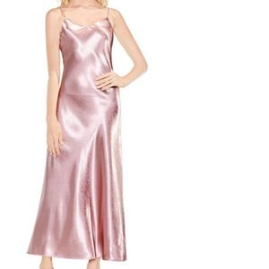 stunning VINCE CAMUTO new shimmer satin dress